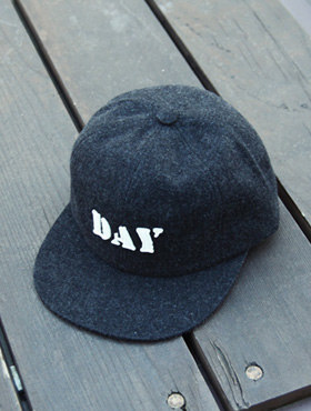 day snapback ; bk [ 3color / free size ] 데이 스냅백